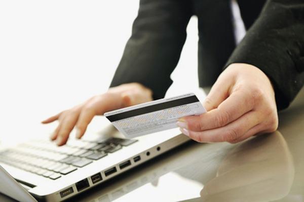 Почему нельзя перевести деньги с кредитной карты