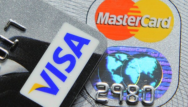 Причины прекращения действия карты банком
