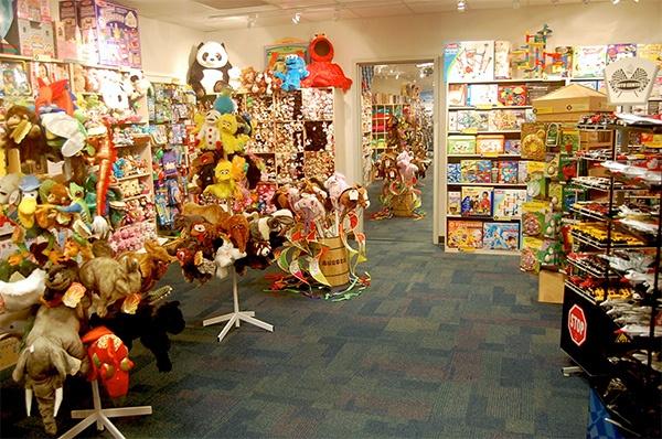 Сколько можно заработать на детском магазине