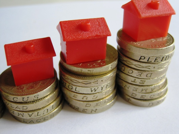 постоянный рост цены на недвижимость