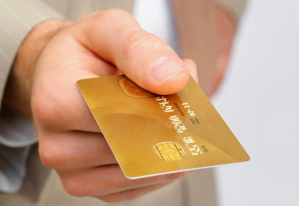 Условия получения пластиковой карты Альфа банка