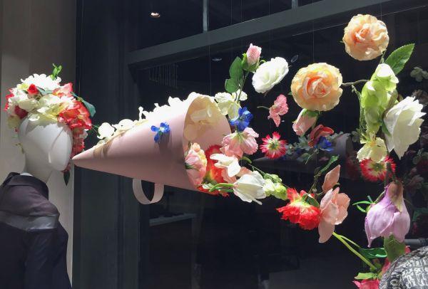 Оформление цветочных витрин