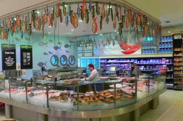 идеи оформления рыбных витрин