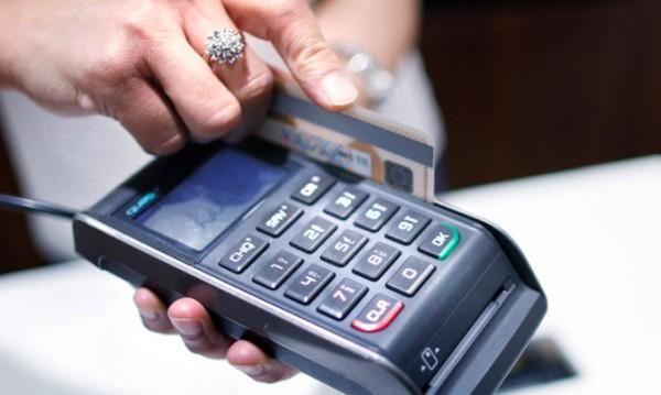 Как вернуть украденные деньги с карты?