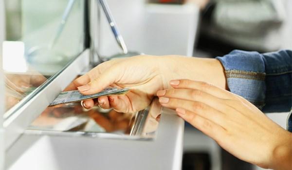 Как уменьшить платеж или срок кредита?