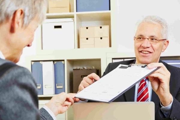 Как получить микрозайм пенсионеру