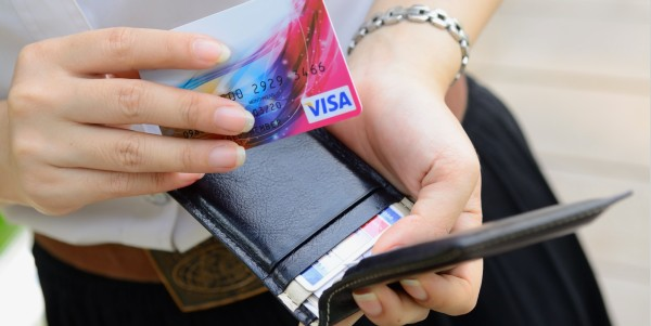 Способы отказаться от кредитной карты Тинькофф