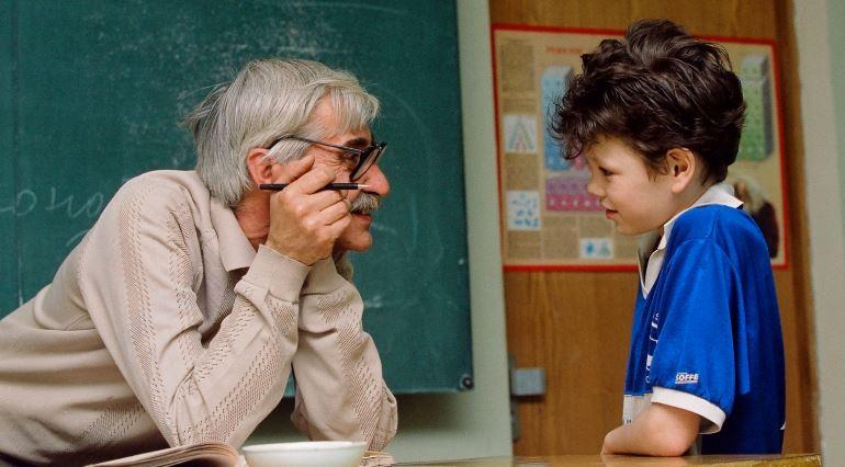 Выход на пенсию у учителей: стаж для выхода, во сколько учителя уходят на пенсию?